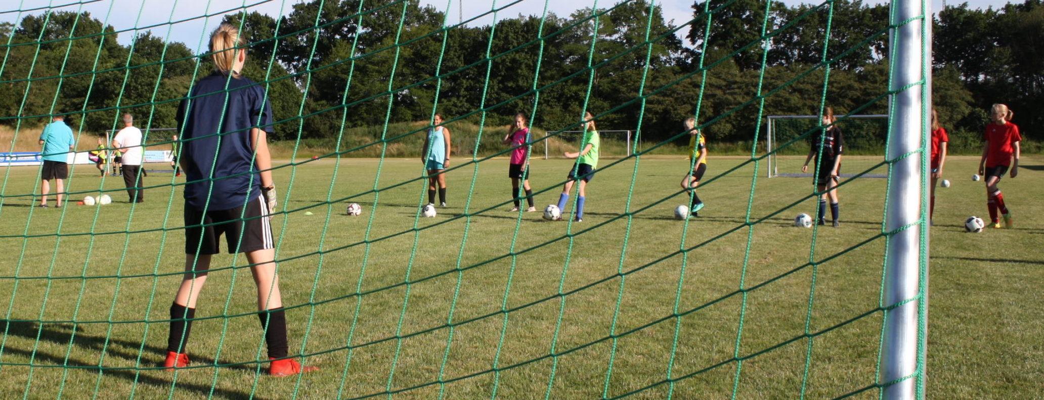 Ausbau unserer Partnerschaft im Mädchenfußball